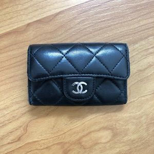 Authentic Classic Chanel 6 Ring Key Holder Black
